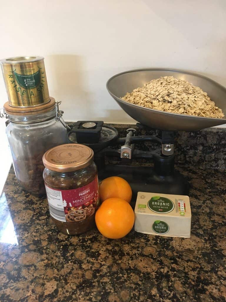 Ingredients for mincemeat flapjacks